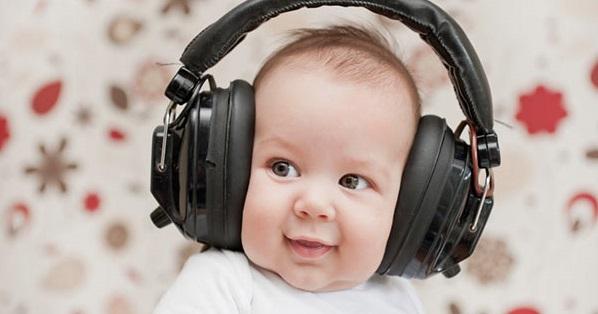 Click để tìm hiểu các loại tai nghe chụp tai và sắm một cái ngay nhé!